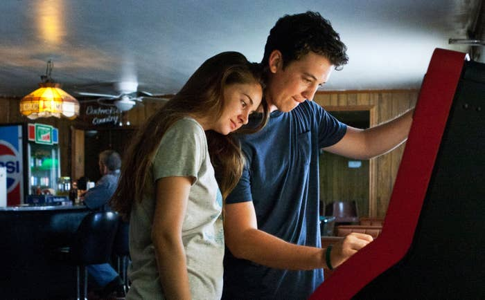 THE SPECTACULAR NOW, from left: Shailene Woodley, Miles Teller