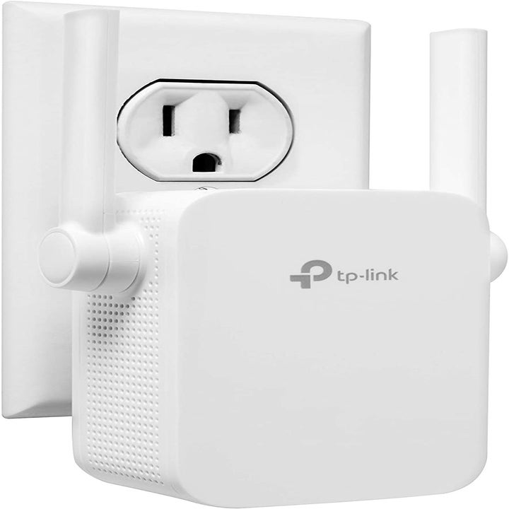 The wifi extender plugged into an outlet