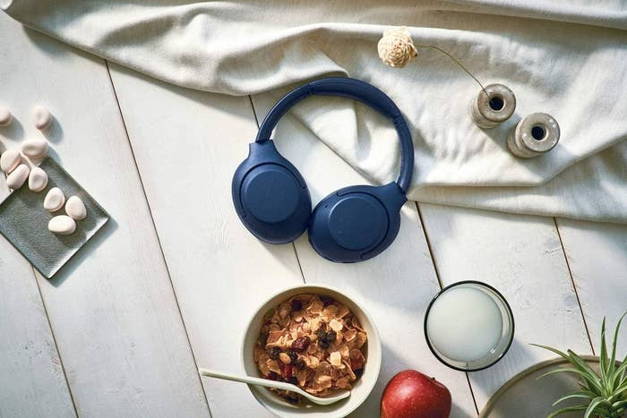 The over-the-ear-headphones in blue