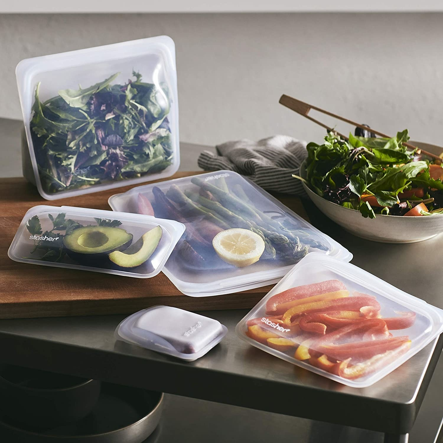 The silicone bags in various sizes holding food