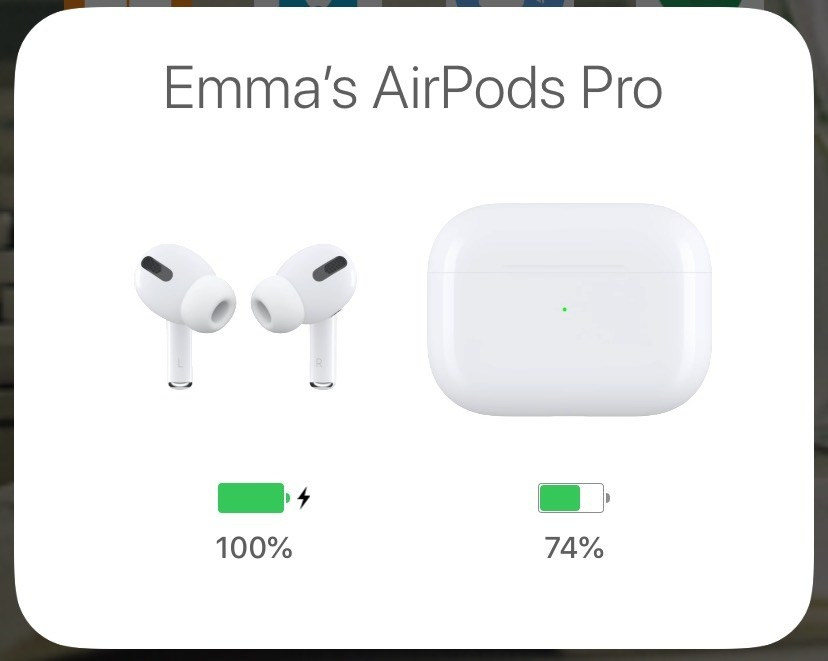Screenshot showing the charge of the AirPods pro on a phone screen