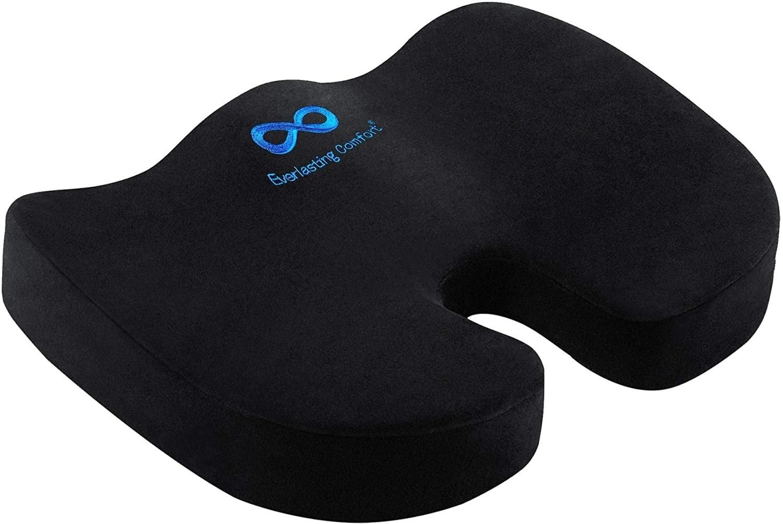 the black seat cushion