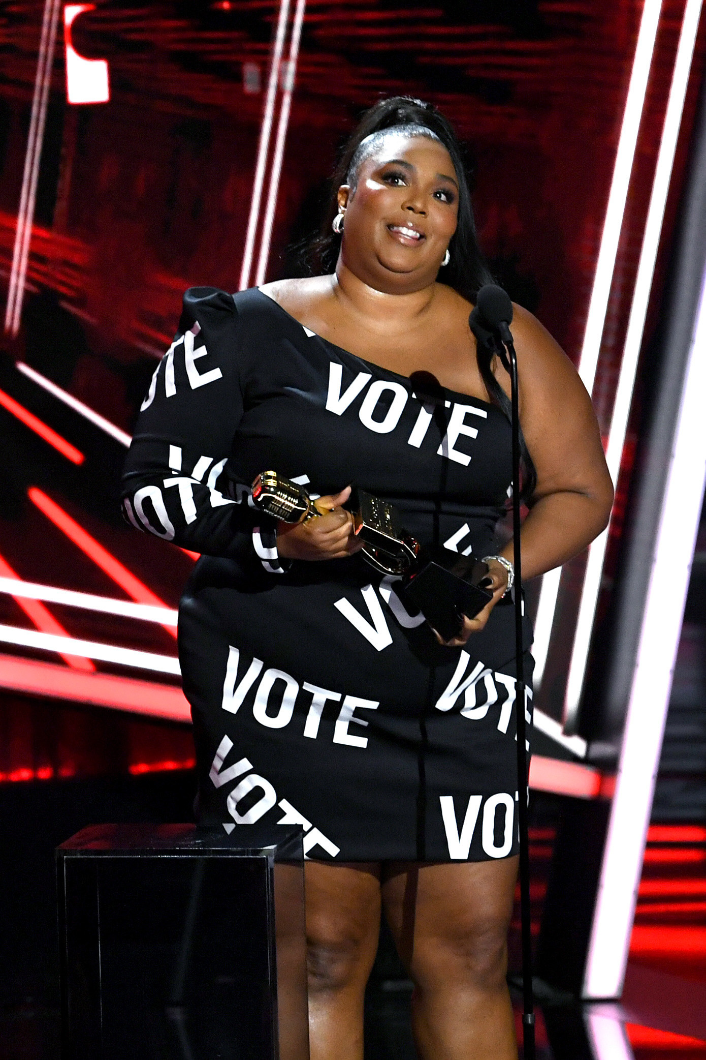 Lizzo at the 2020 Billboard Music Awards