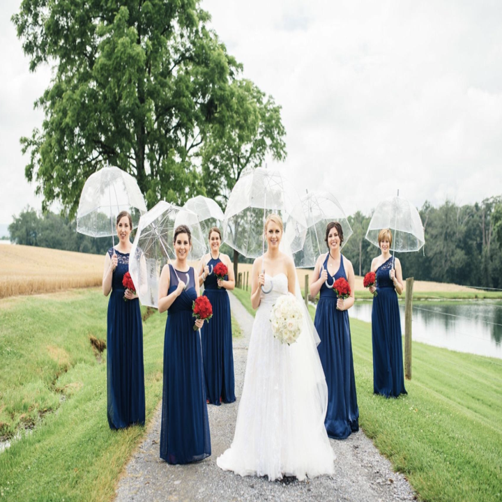 Amazon reviewer's wedding photo with the umbrellas