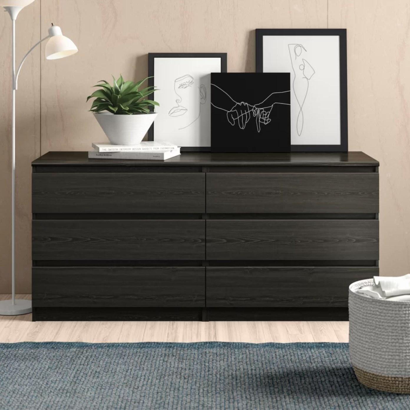 The six drawer dresser in black wood grain