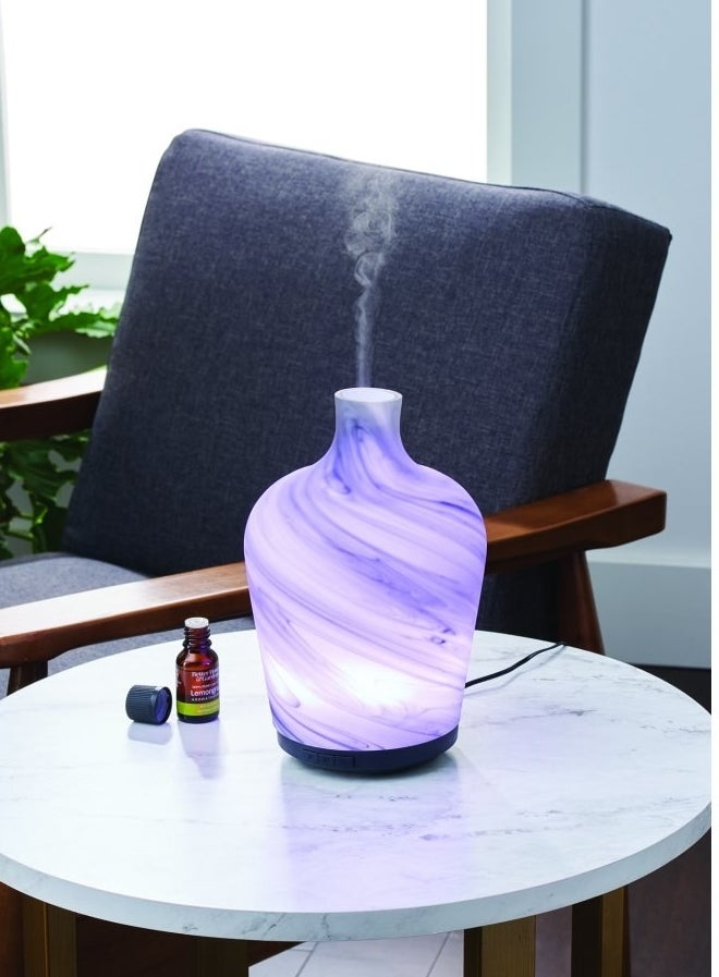 The diffuser changing colors to purple