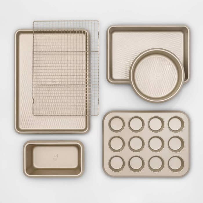 The complete bakeware set