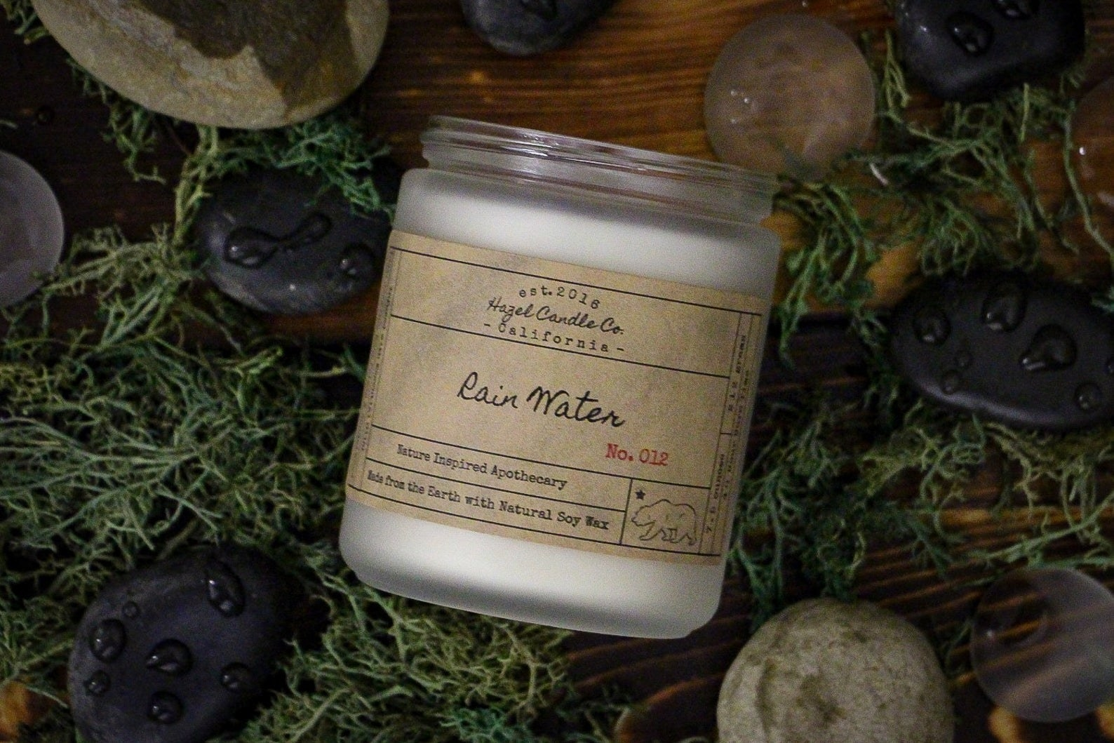 a rain water scented candle
