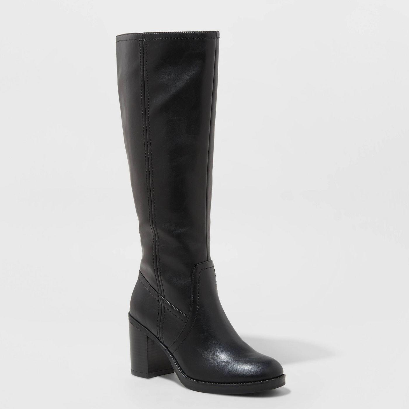 black round toe heeled boots