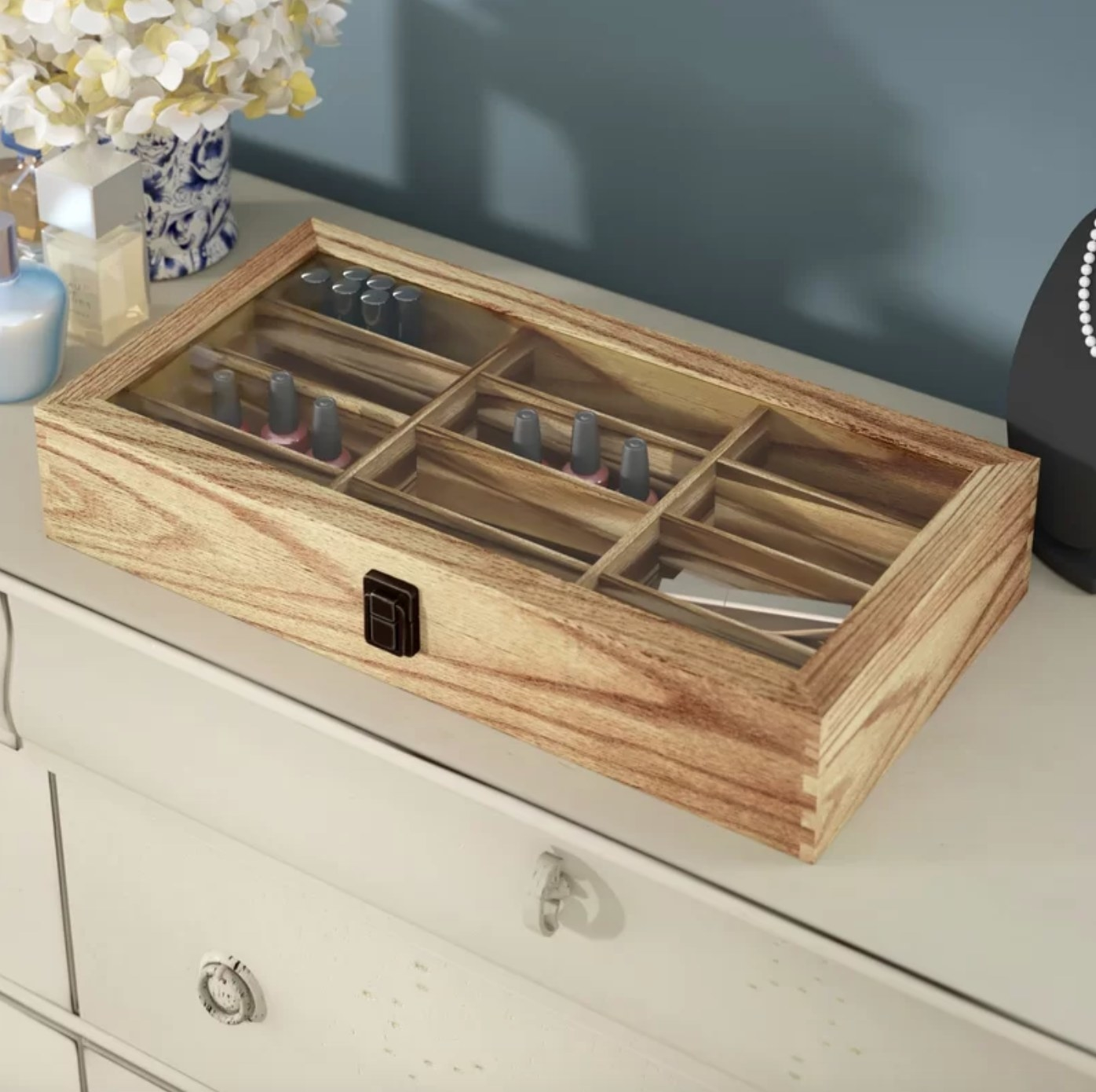 The wooden accessories box