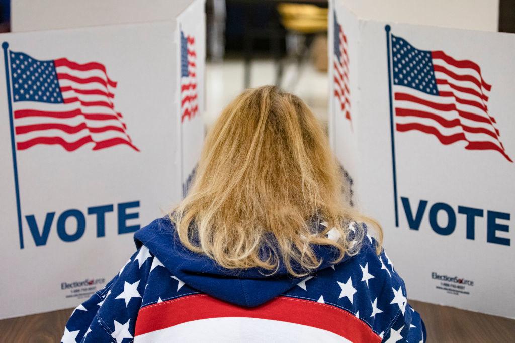 一个女人投票