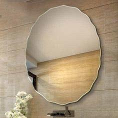 Round wall mirror.