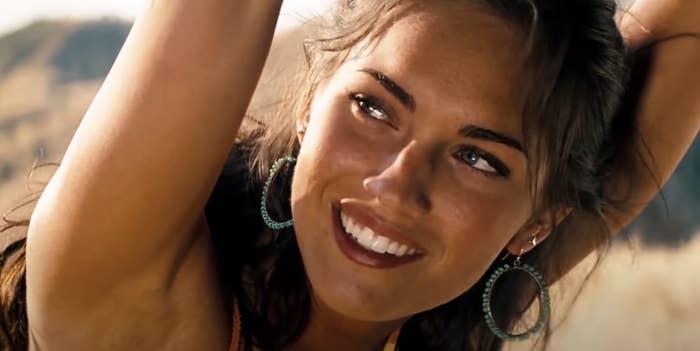 Megan Fox smiling in Transformers