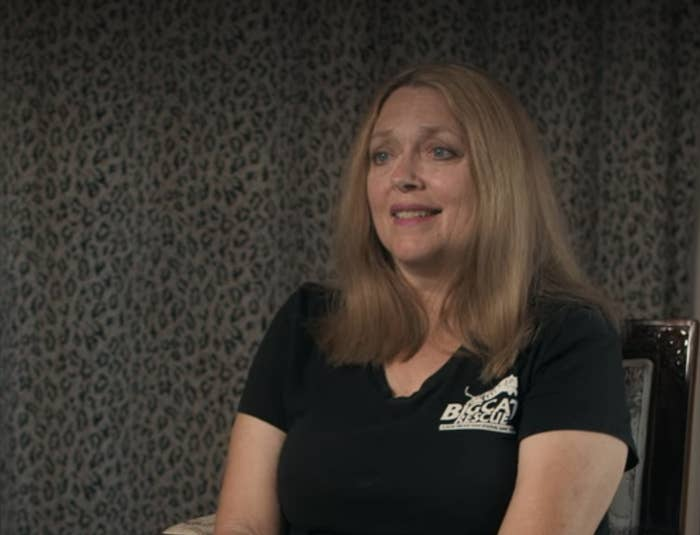Carole talking in a Big Cat Rescue shirt