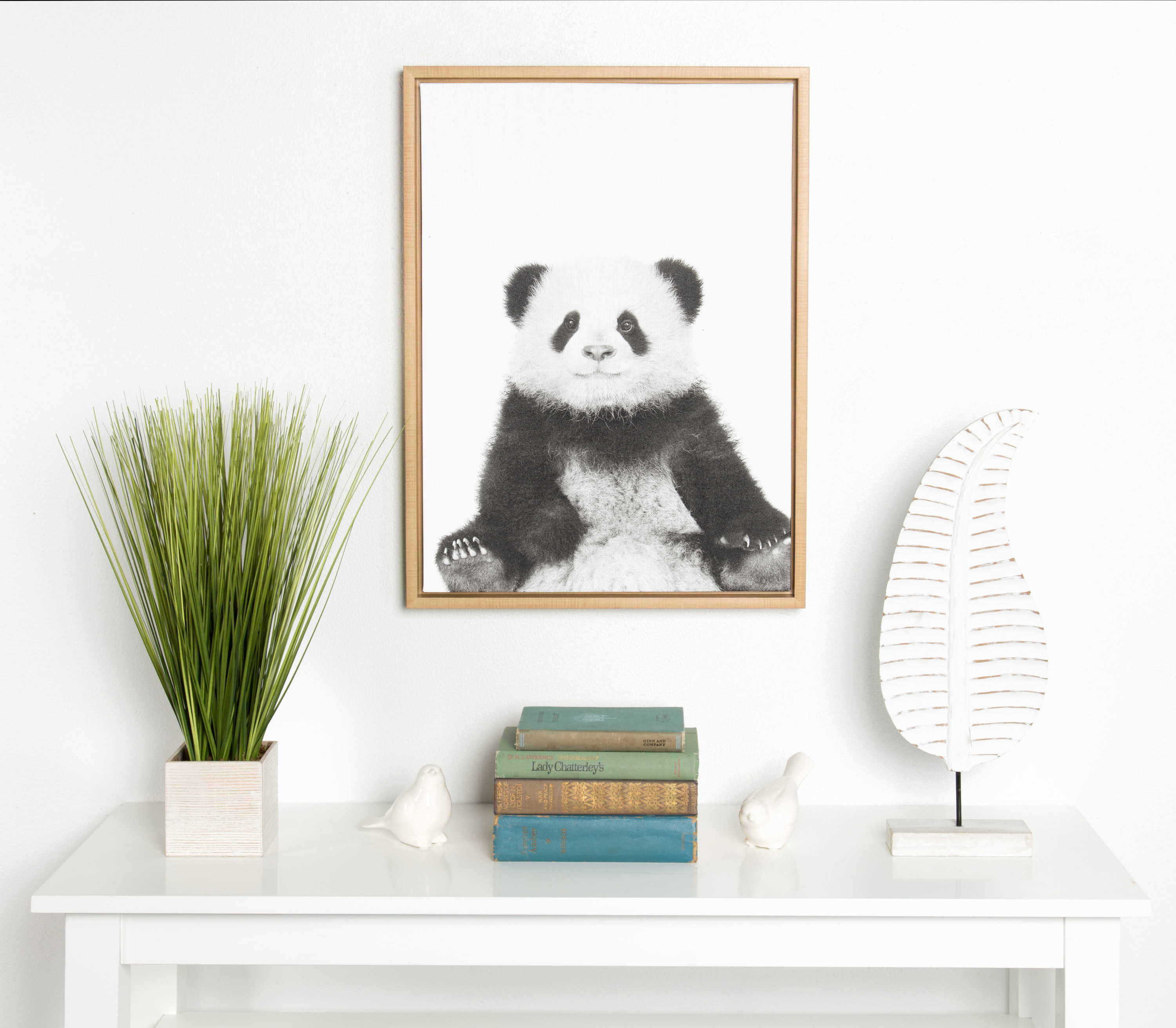 The framed panda portrait