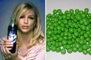 布兰妮斯皮尔斯拿着百事可乐蓝色和绿色吃喝玩乐