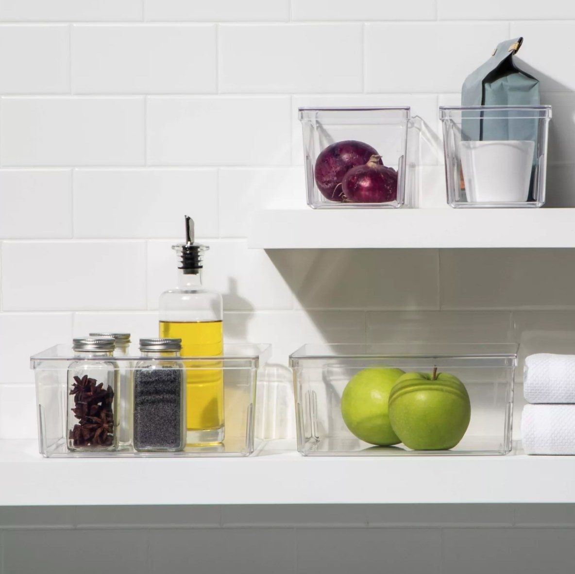 The four-piece refrigerator storage bin set in clear plastic