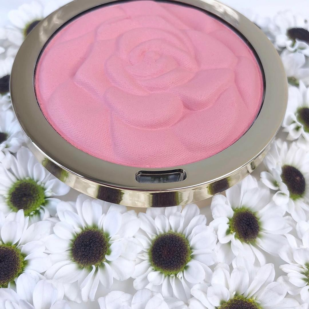 Milani rose blush in pink