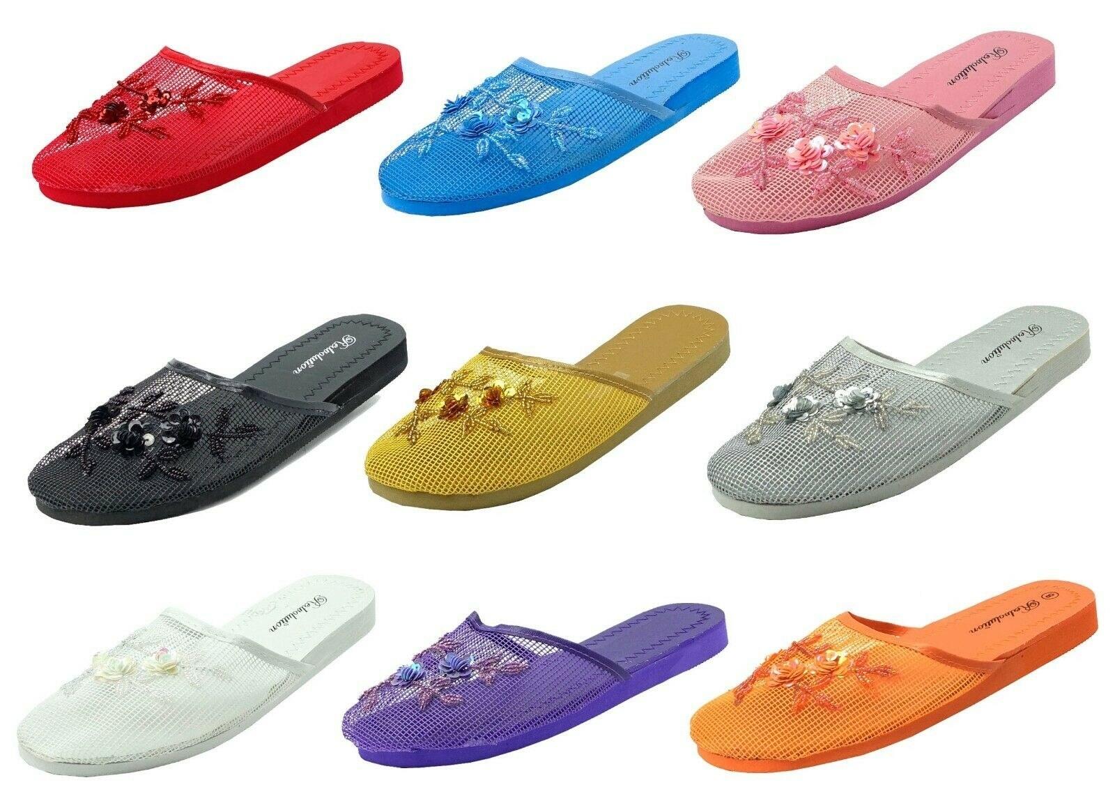 Nine different mesh slippers