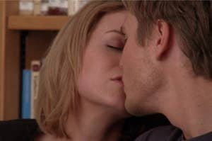 Lucas and Peyton kiss during the school shooting episode on