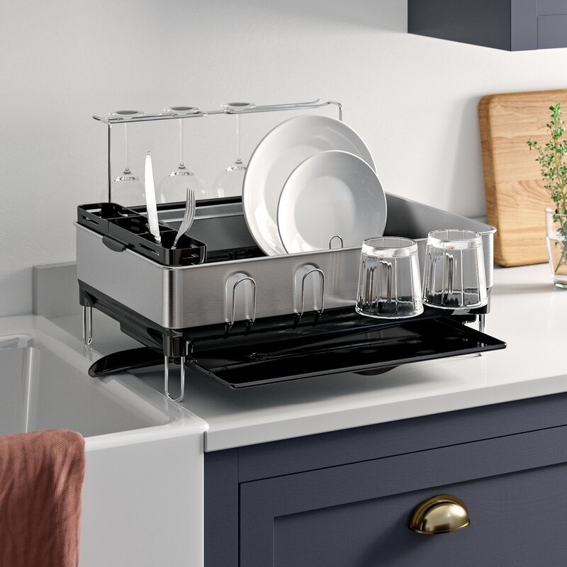 The stainless steel dishrack