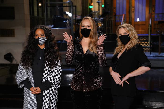 Musical guest H.E.R., host Adele, and Kate McKinnon during Promos in Studio 8H on Thursday, October 22, 2020.