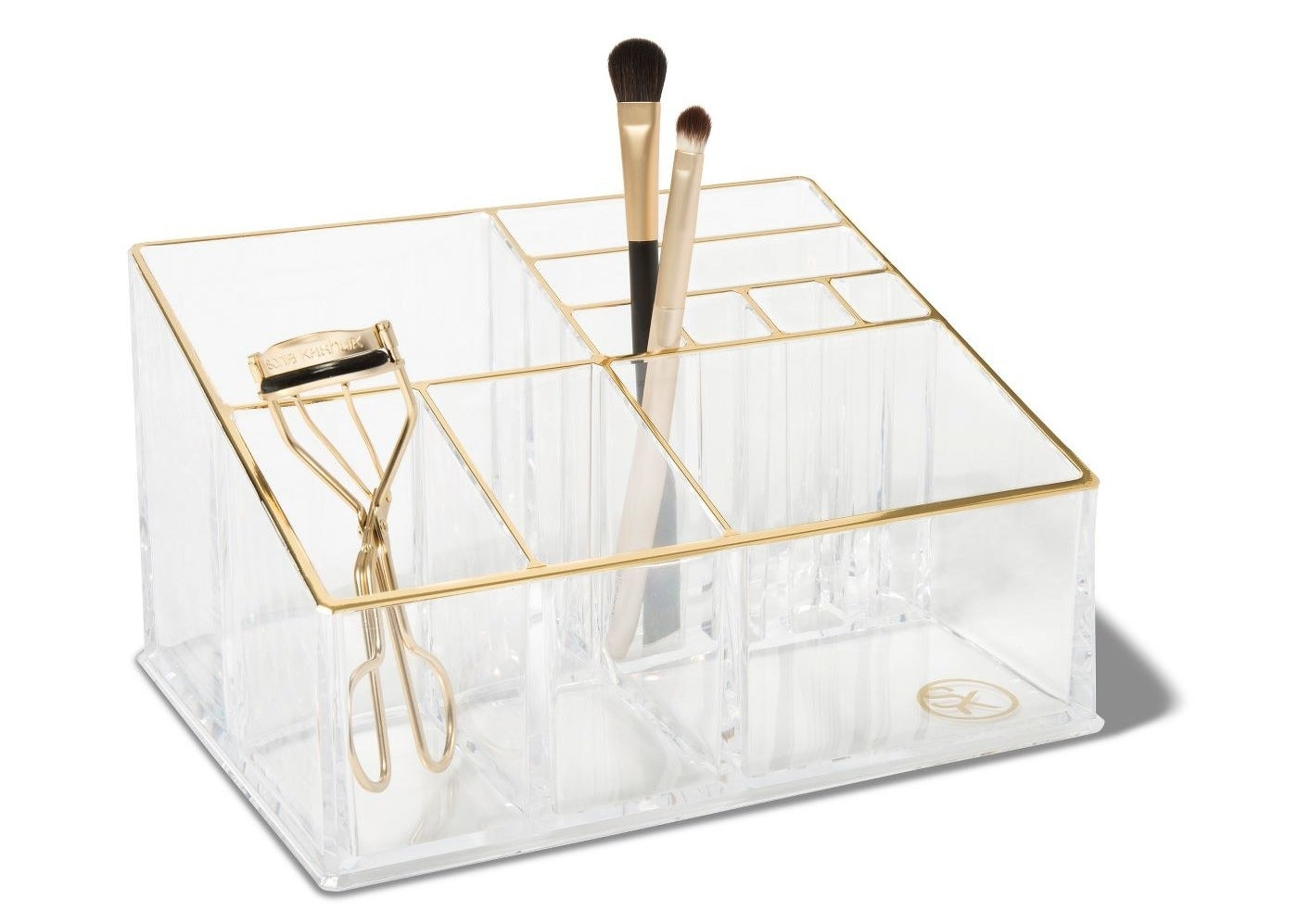 The makeup tray organizer