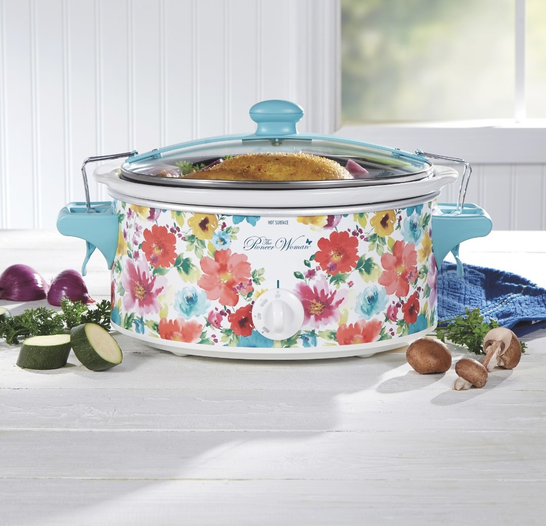 The Pioneer Woman slow cooker