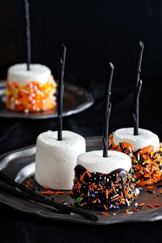 A set of Halloween marshmallow pops