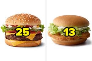 """一个标有""""23""""的芝士汉堡和一个标有""""13""""的鸡肉三明治"""