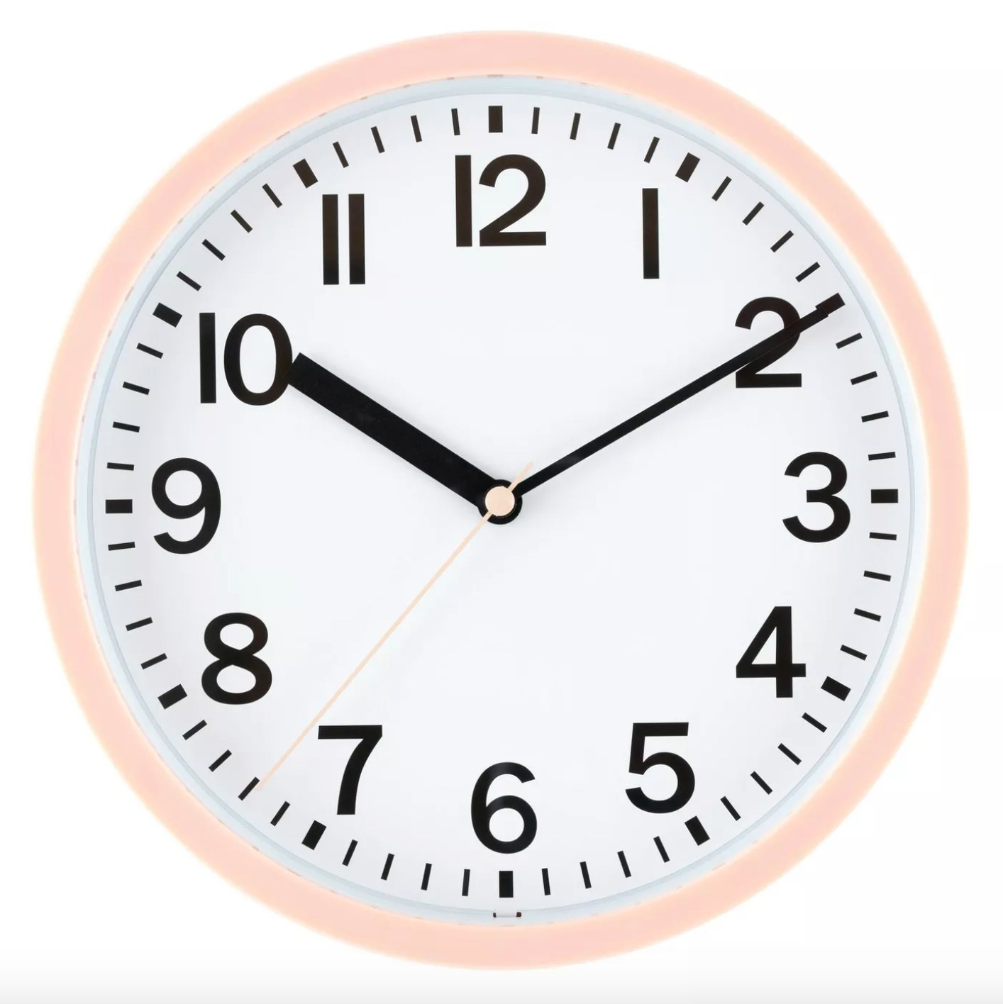 The round wall clock in blush