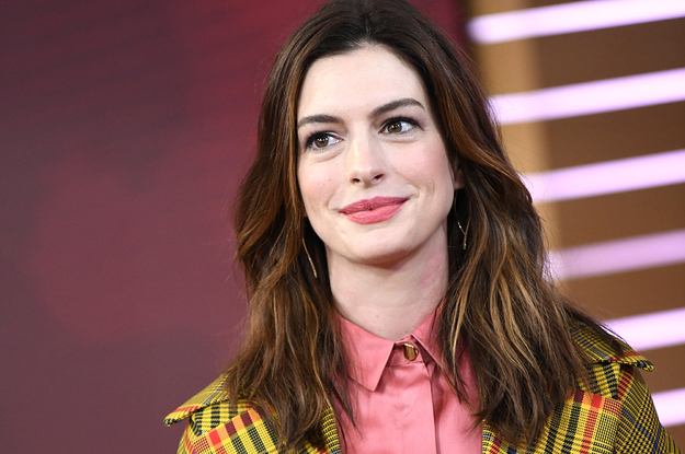 "Anne Hathaway Revealed How She Hid Her Pregnancy While Making ""The Witches"""