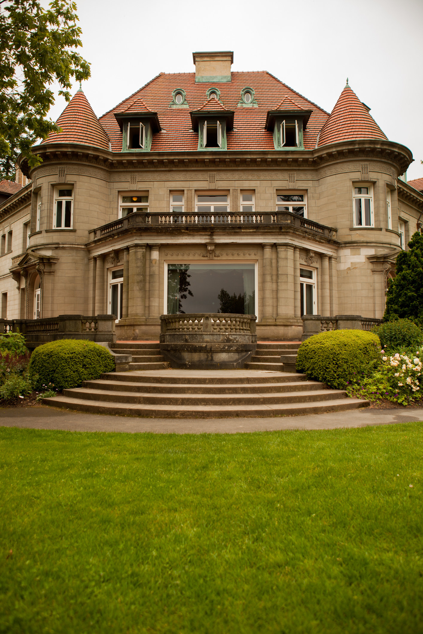 The exterior view of the Pittock Mansion in Portland, Oregon