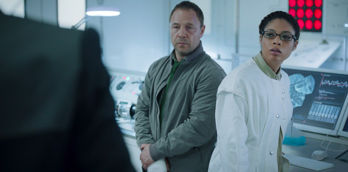 A still of Roy Carver and Dr. Alison Parfit in Code 404