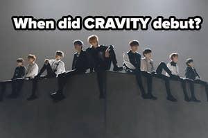 Cravity在一个金属盒子上摆好姿势