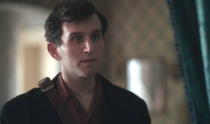 harry melling from harry potter had a major glow up and now i have a crush on dudley harry melling from harry potter had a