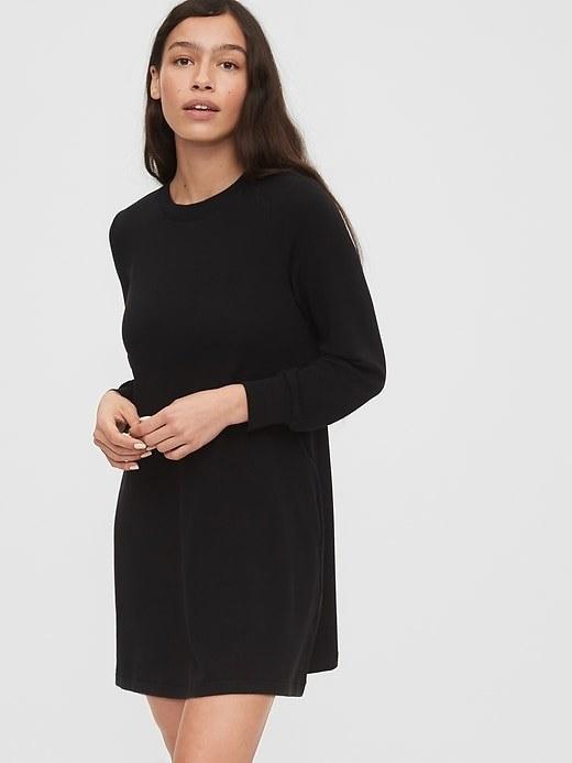 The dress in black
