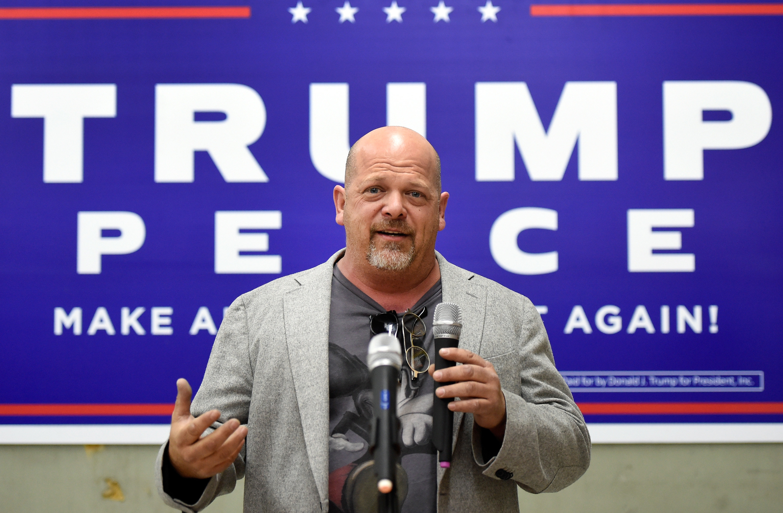 Rick speaking at a campaign event for Trump