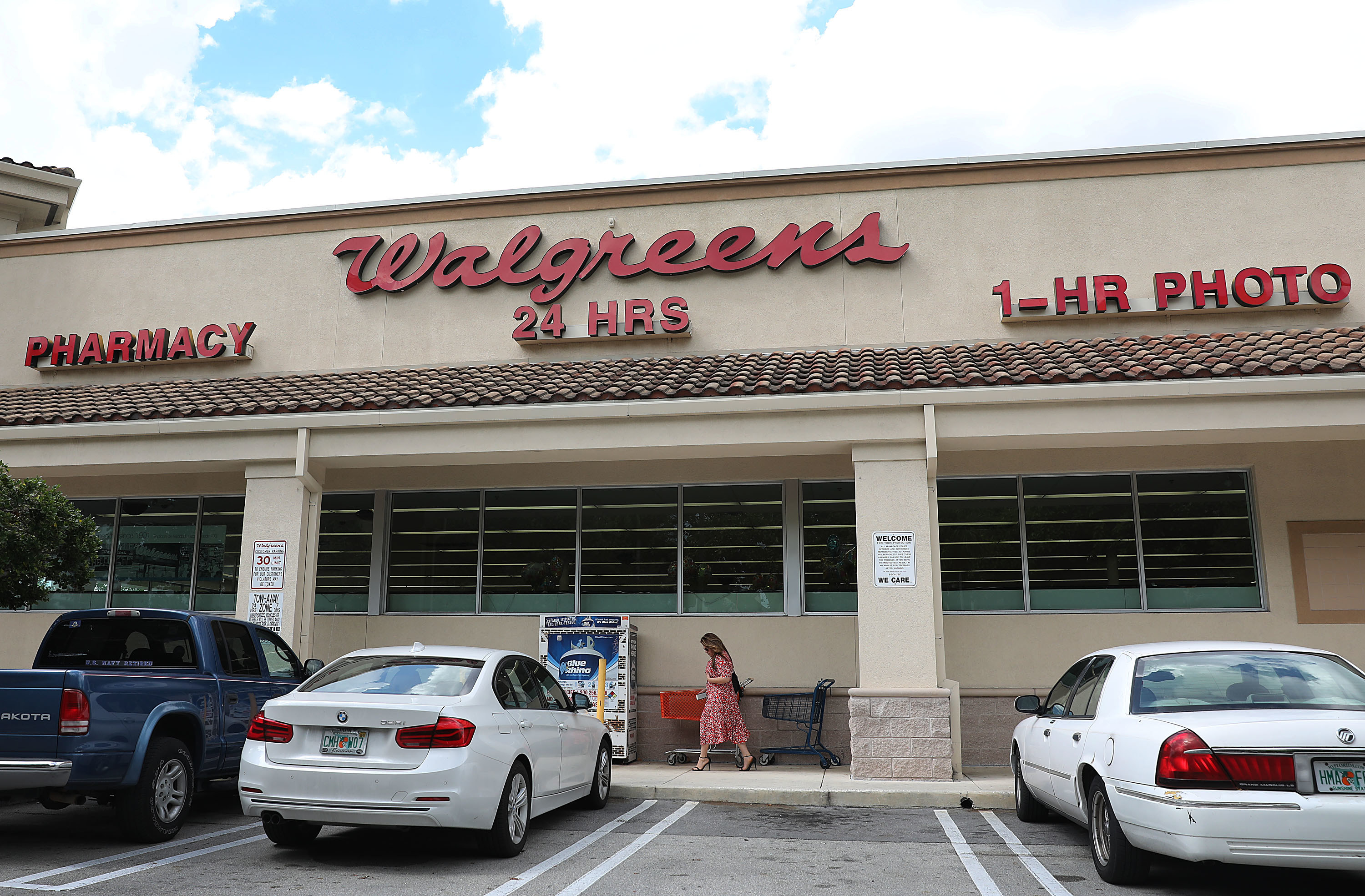 Picture of a Walgreens.