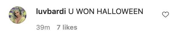 Seorang komentator yang menulis & quot; U memenangkan Halloween & quot;