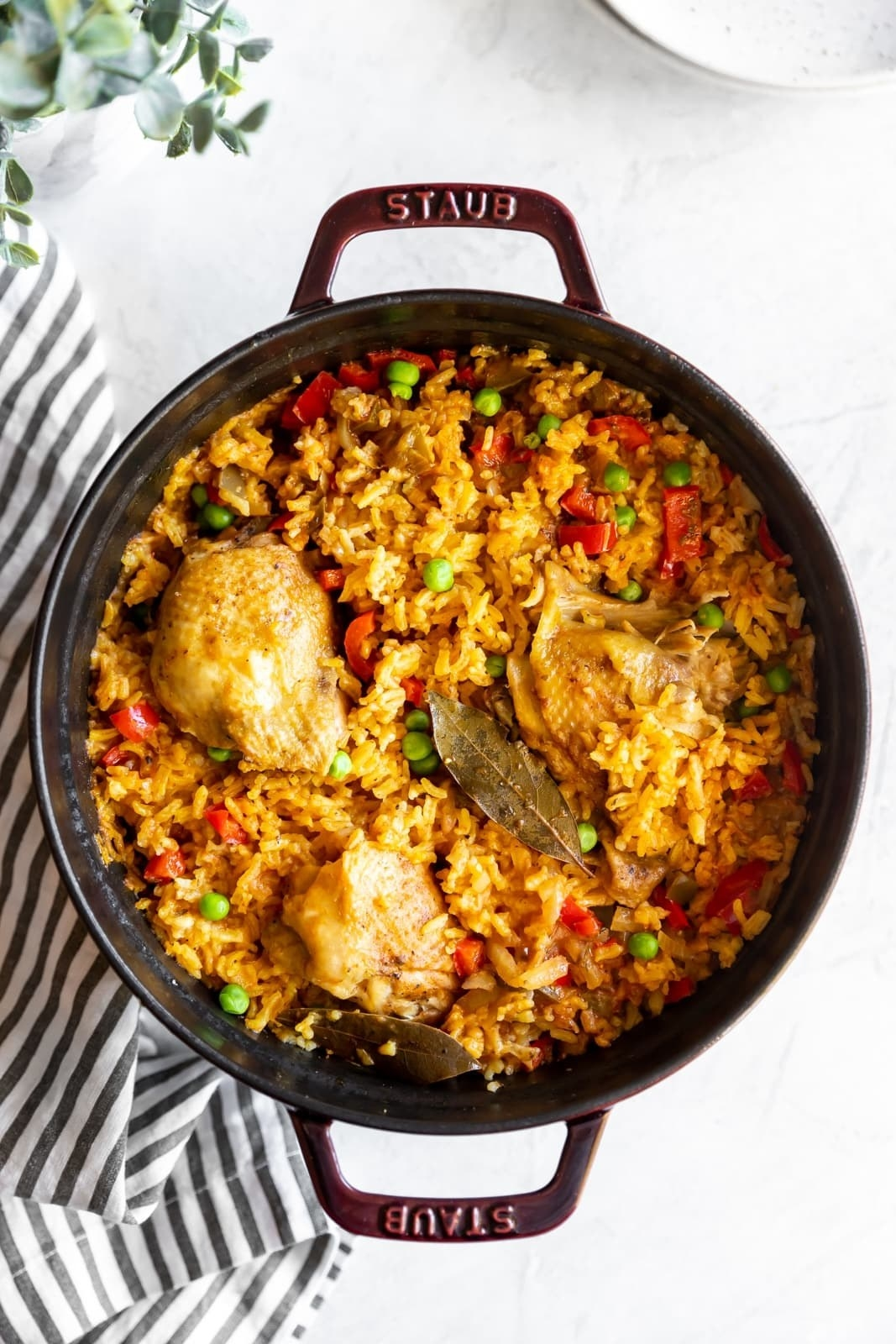 A pan of arroz con pollo