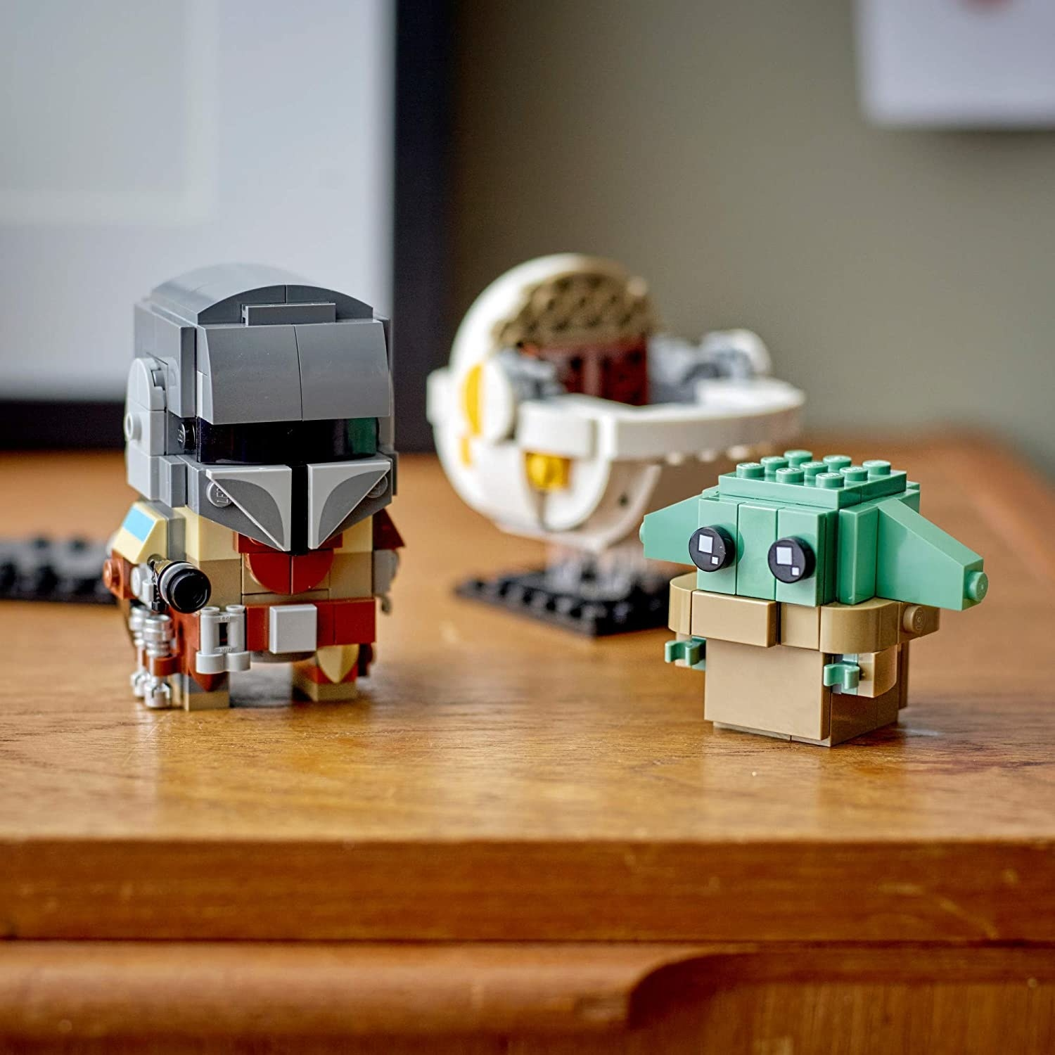 the two lego brick figures