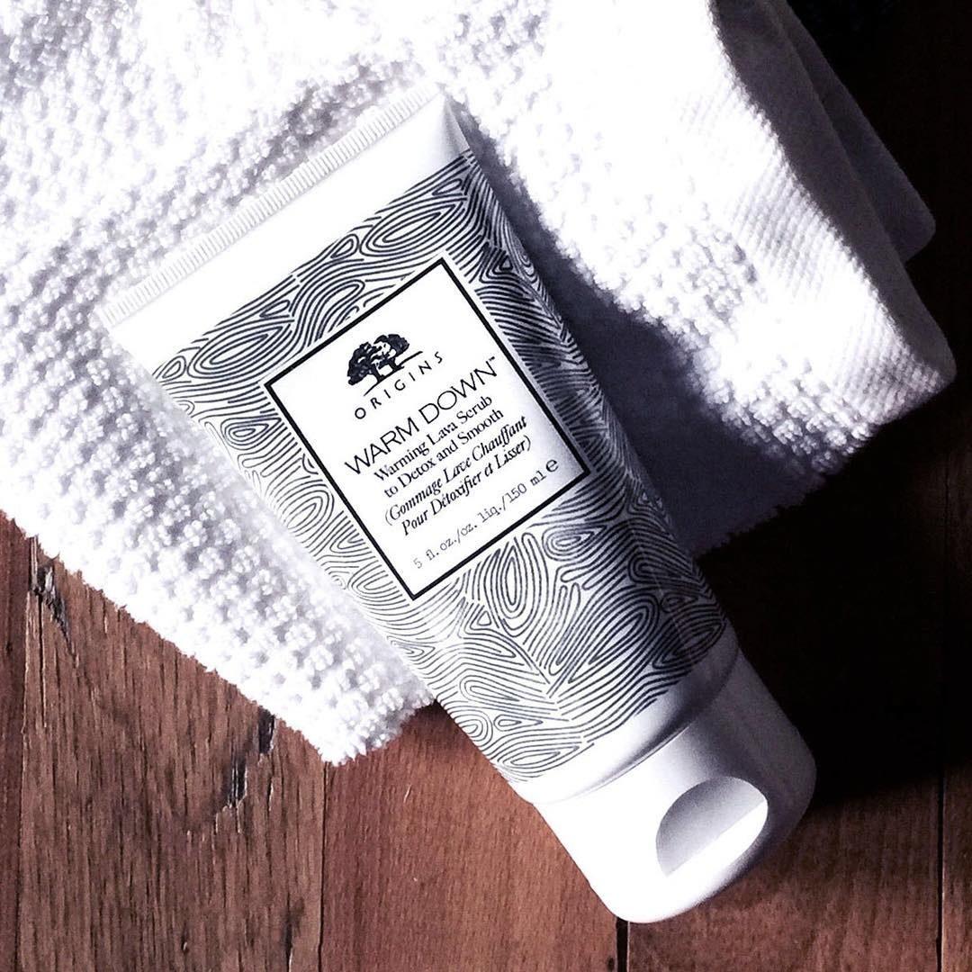 A flatlay of the scrub on a waffle towel