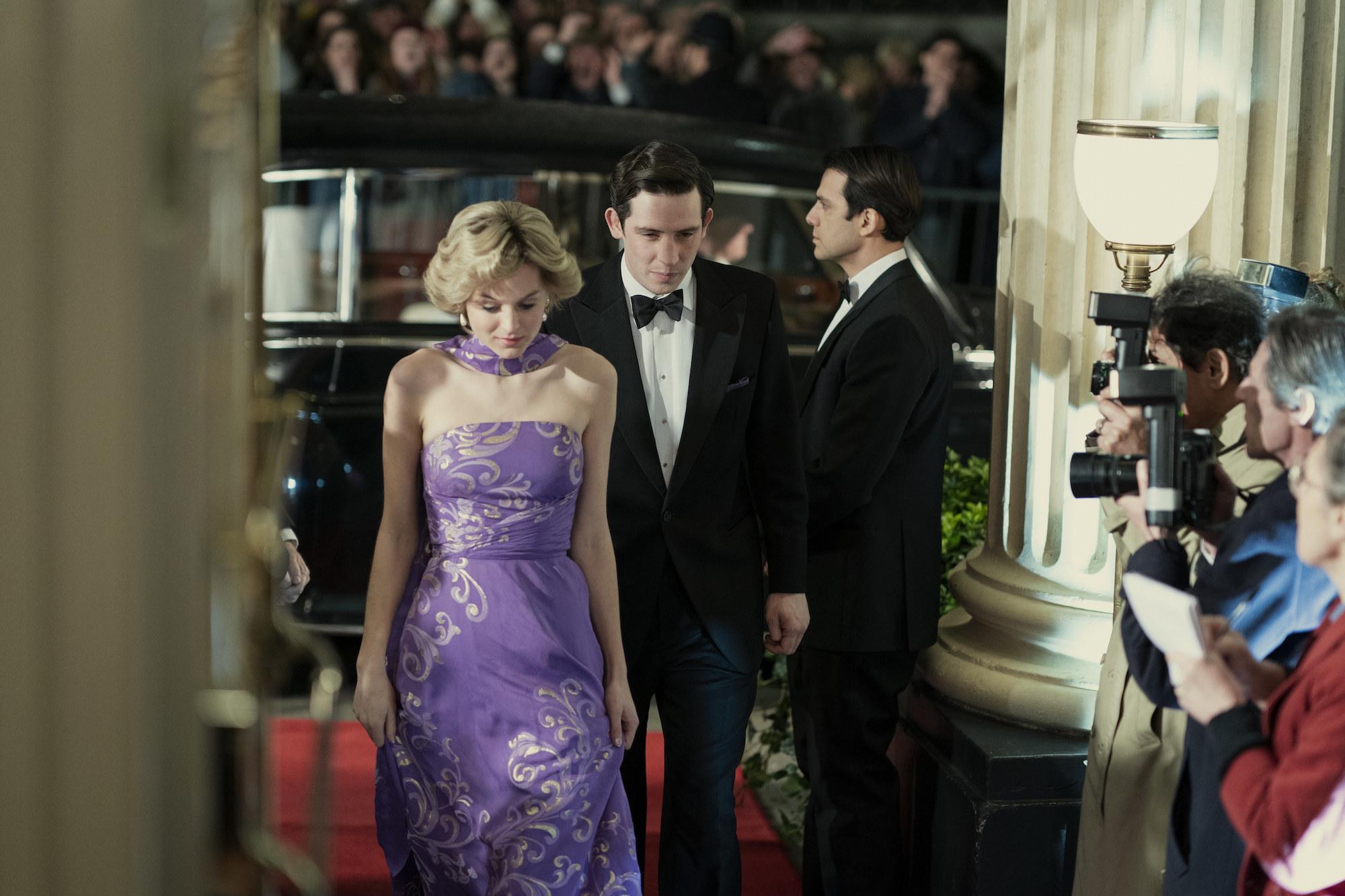 Priness Diana (EMMA CORRIN) and Prince Charles (JOSH O CONNOR)