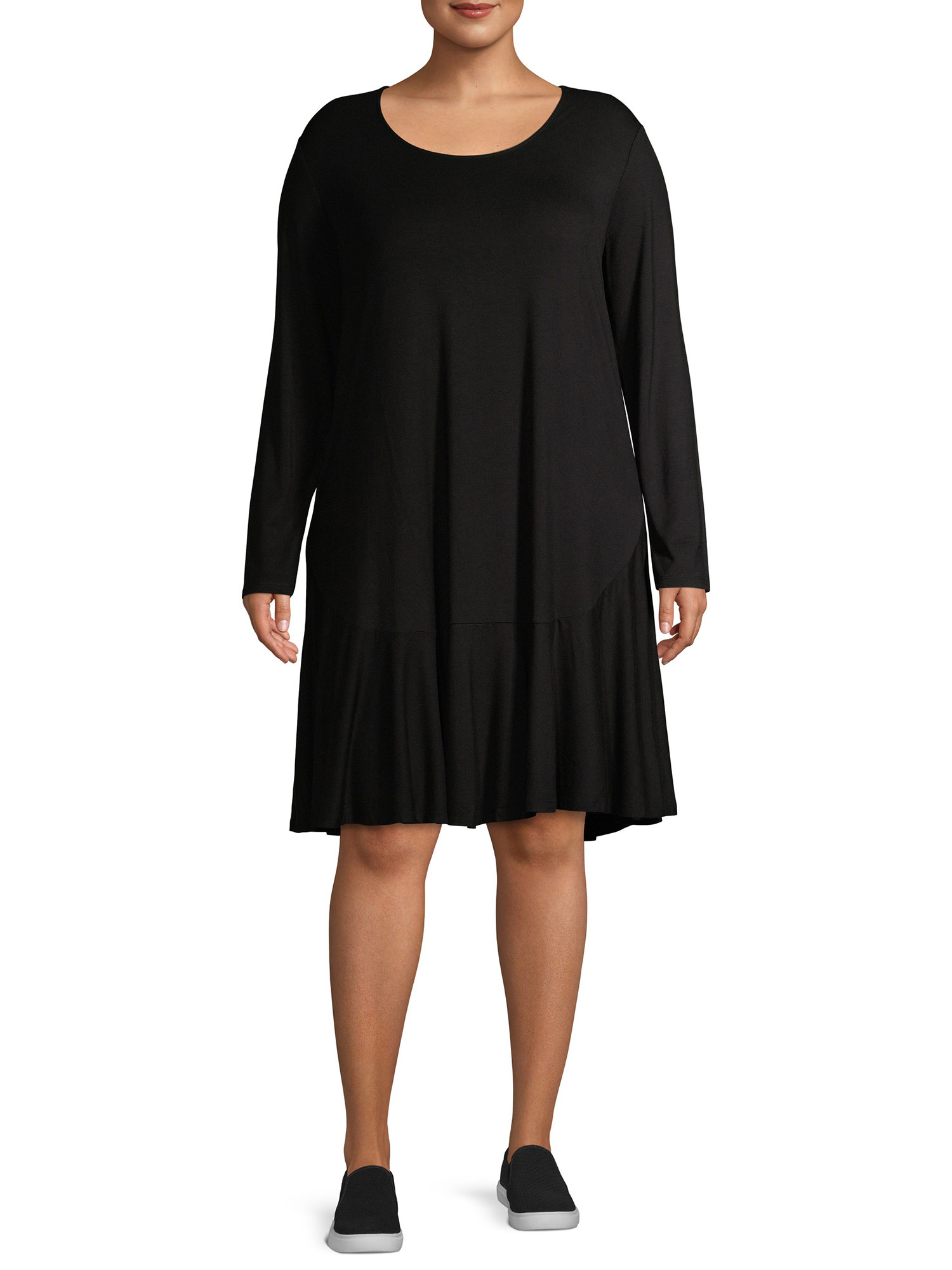 The knee-length, long-sleeve black dress