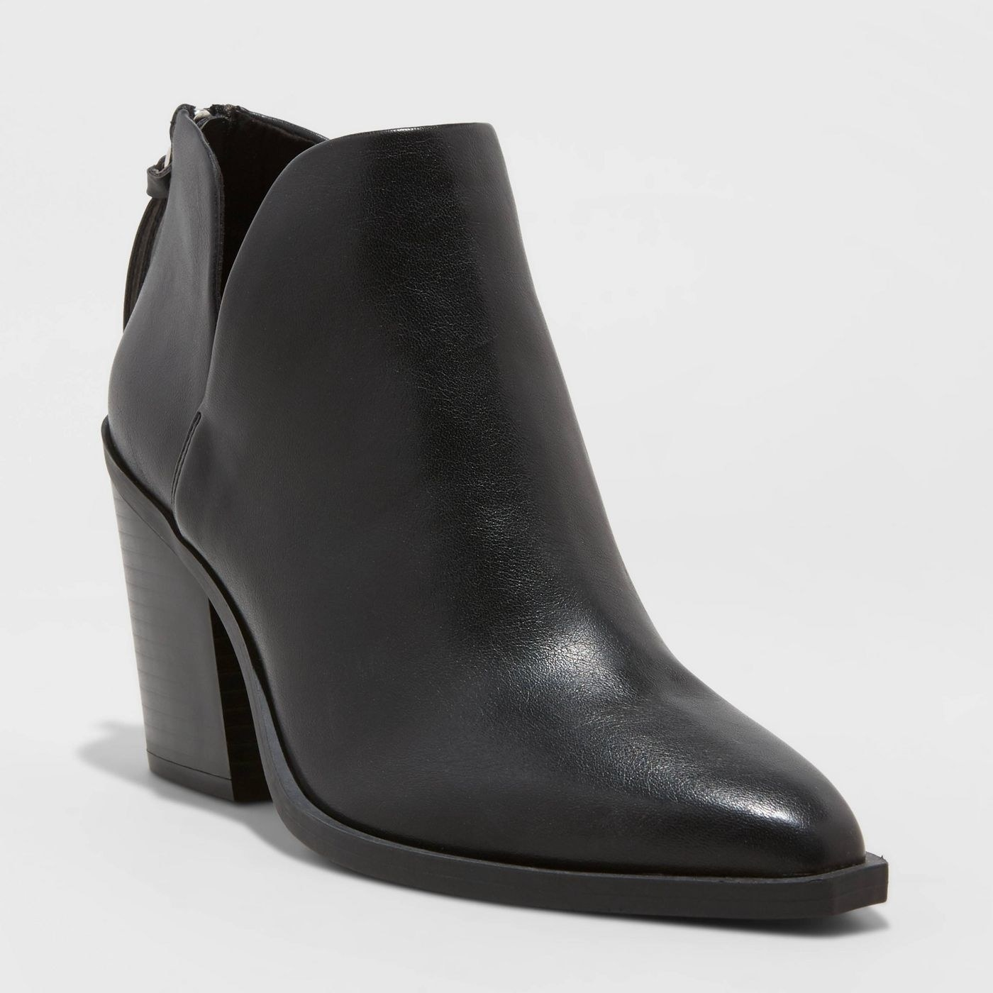 The bootie in black