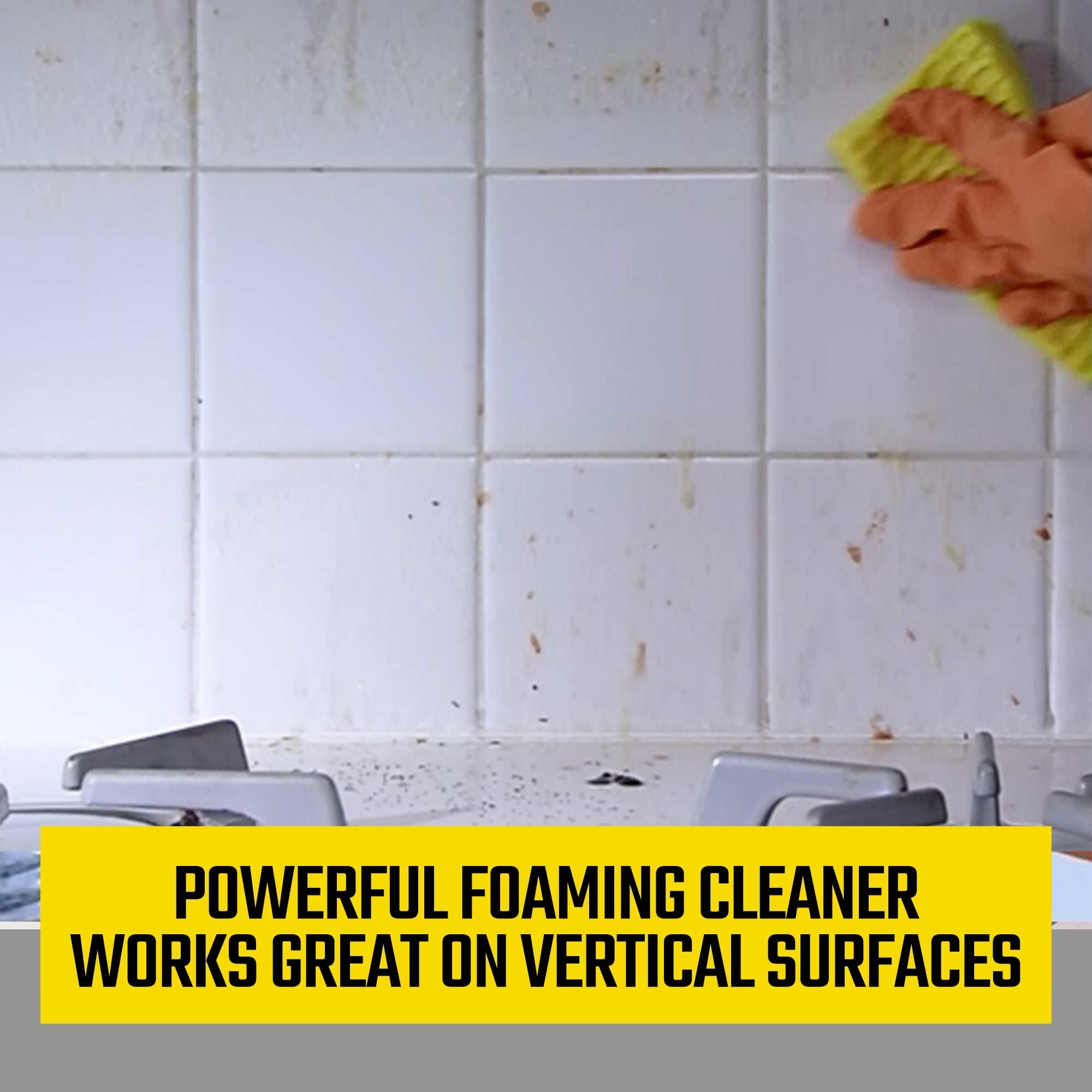 The foaming cleaner in use