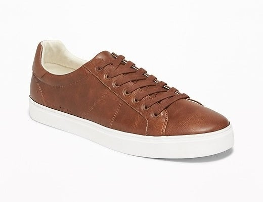 The shoe in cognac brown