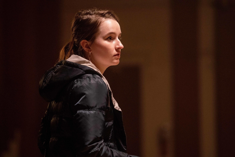 """Kaitlyn Dever as Toni on """"Monsterland"""""""