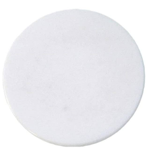 White marble round rolling board.